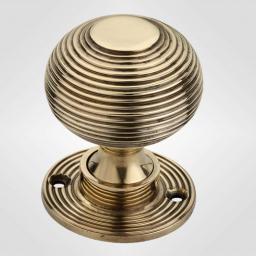 Beehive Knob in Antique Brass